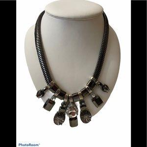 3/30 Deal ! Gues gem necklace